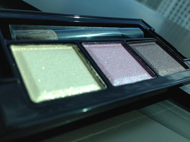 SUQQU Eye Color Palette 02 Kinshiseki shimmers 2