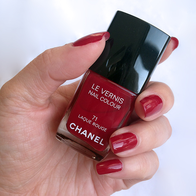 Chanel Les Rouges Culte 2014: Le Vernis 71 Laque Rouge swatch