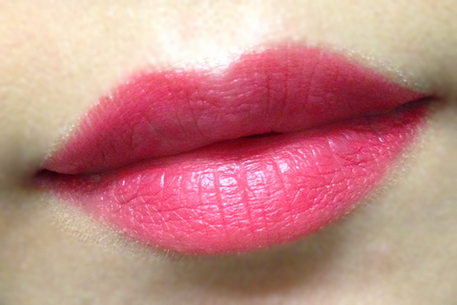 NARS Audacious Lipstick in Grace swatch