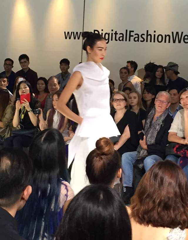 Seen on the Digital Fashion Week 2015 runway: Bold horizontal brows and cherry lips for Thomas Wee