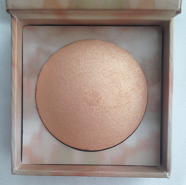 Urban Decay Naked Illuminated Aura Shimmering Powder for Face & Body