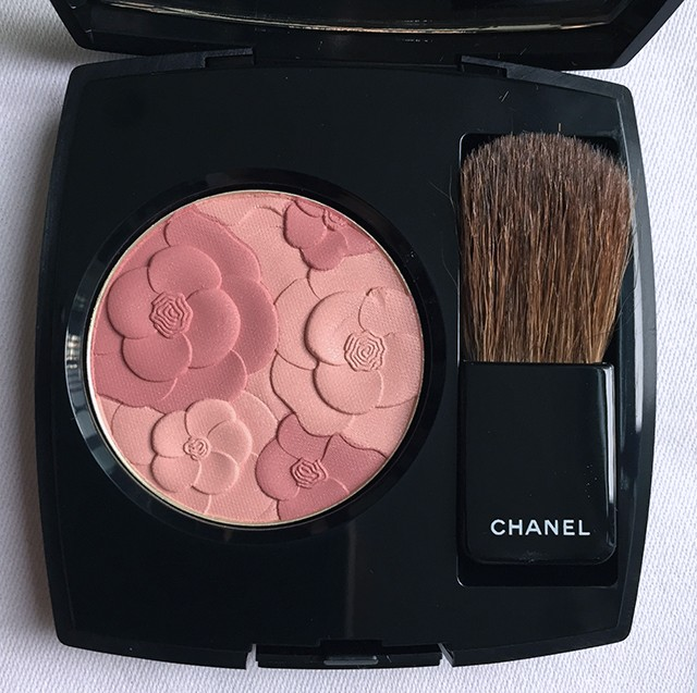 Chanel reverie parisienne spring 2015 jardin de chanel for Jardin de chanel blush 2015 kaufen