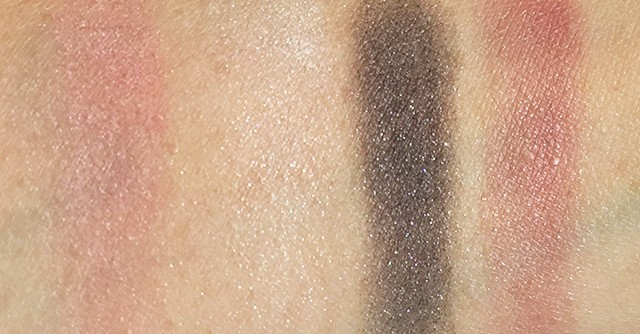 Chanel Les 4 ombres Tisse Paris swatches