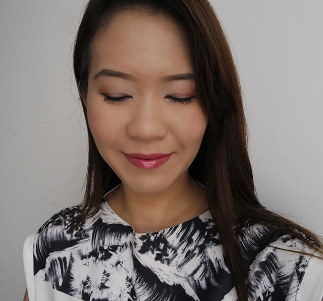 MAC x Prabal Gurung Satin Ochre Eyeshadow Duo LOTD
