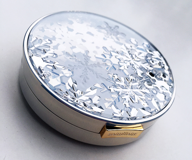 Maquillage Snow Beauty face powder