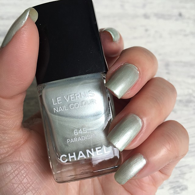 Chanel Le Vernis Paradisio swatch