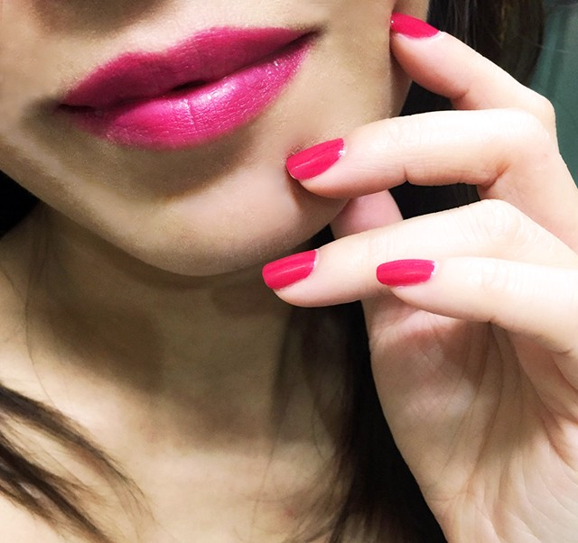 Estee Lauder Dominant lips & nails swatches