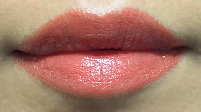 Tom Ford Lip Color Shine Sultry lip swatch