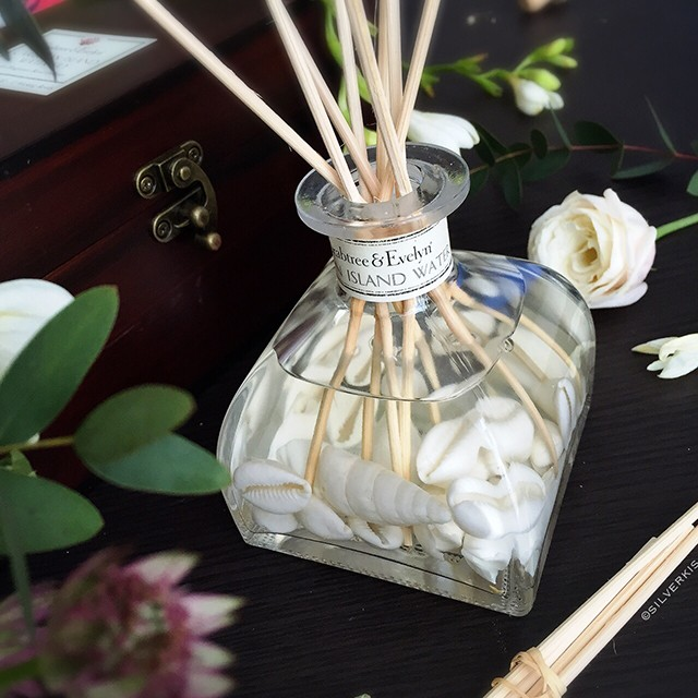 Crabtree & Evelyn Caribbean Island Water Lily Home Fragrance Reed Diffuser