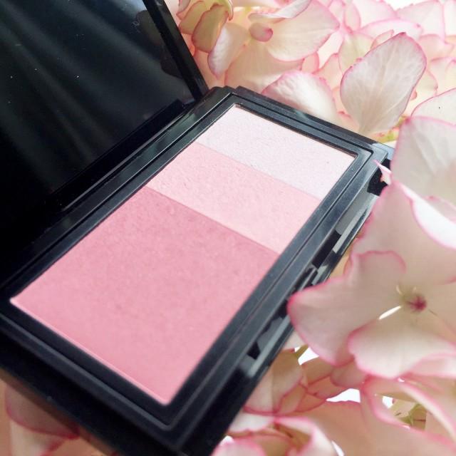 Addiction Blush Mix Pink Waves