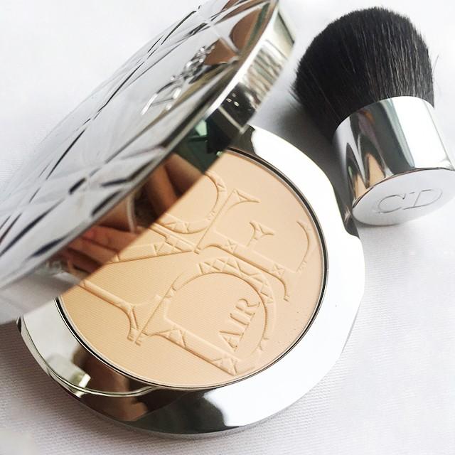 Diorskin Nude Air Compact Powder