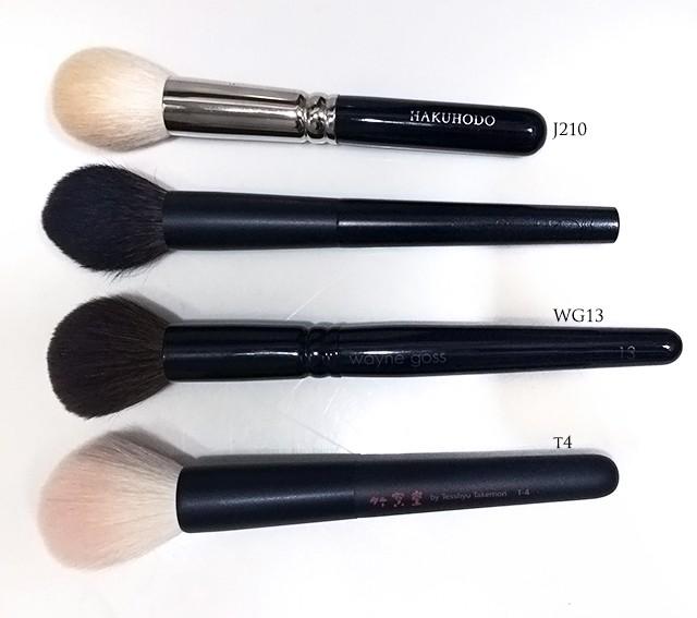 Surratt Artistique Cheek Brush shape comparison