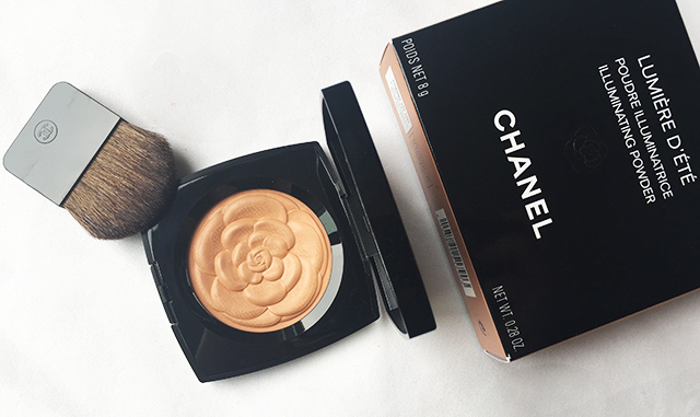 Chanel Lumiere D'Ete Illuminating Powder packaging