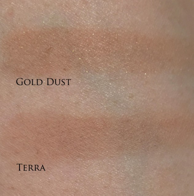 Tom Ford Bronzing Powders swatches
