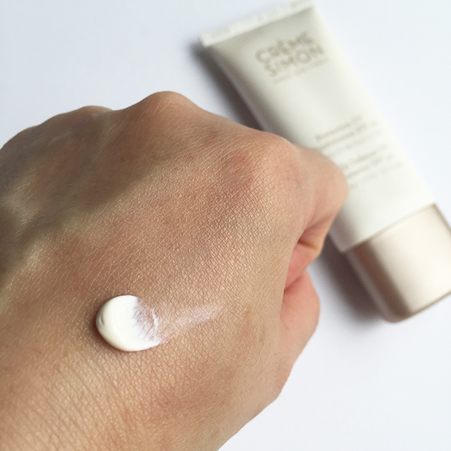 Creme Simon Daily Defense UV Protector swatch