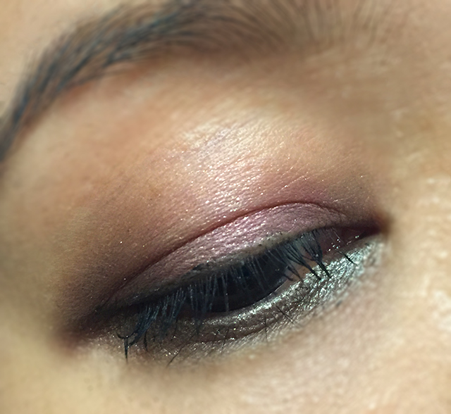 Estee Lauder Magic Smoky Powder Shadow Stick EOTD1