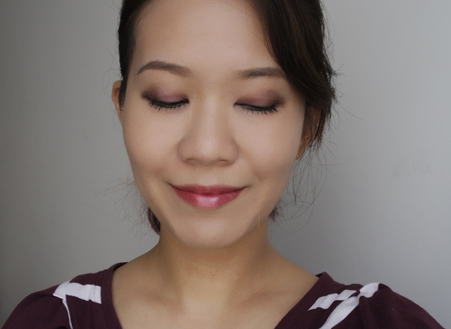 Estee Lauder Magic Smoky Powder Shadow Stick MOTD1