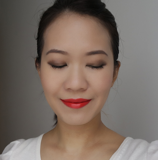 Estee Lauder Magic Smoky Powder Shadow Stick MOTD2