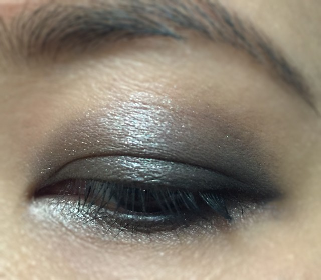 Urban Decay Naked Smoky Palette - EOTD 1