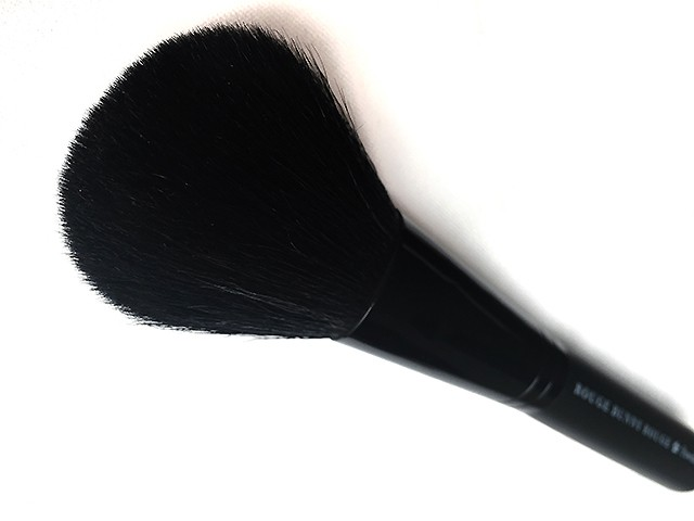 Rougebunnyrouge powder brush