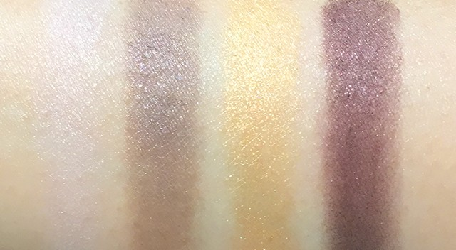 Chanel Les 4 Ombres Signe Particulier eyeshadow palette swatches
