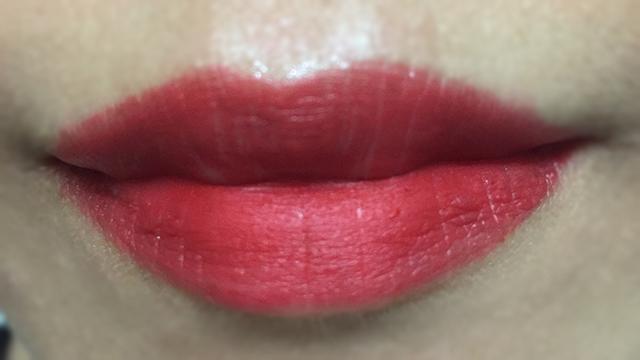 Estee Lauder Pure Color Envy Matte Decisive Poppy lip swatch
