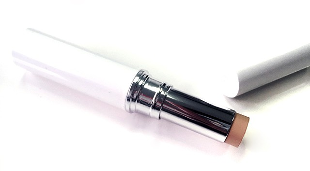 Chanel Le Blanc Light Creator Whitening Concealer