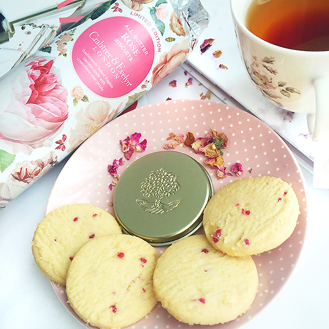 Crabtree Evelyn All Butter Rose Biscuit
