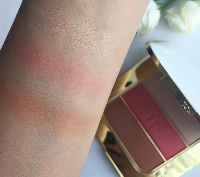 Tom Ford The Afternooner Soleil Contouring Compact swatches