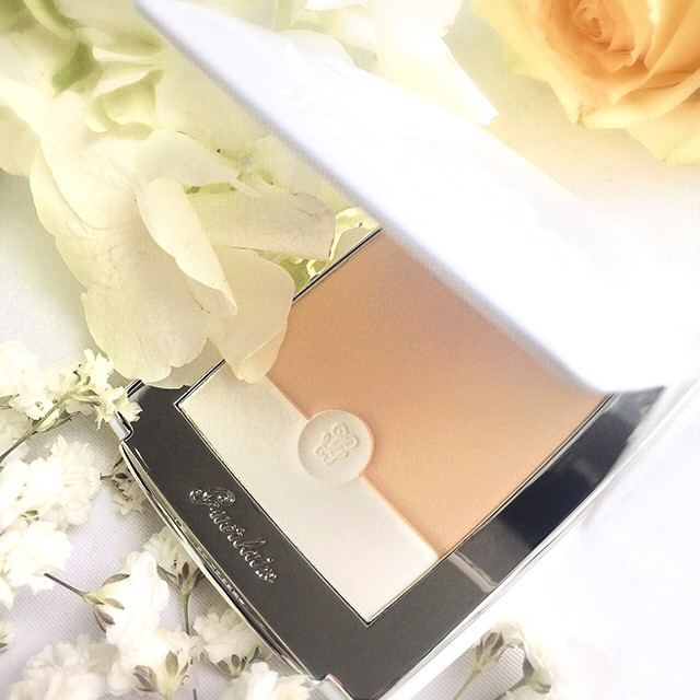 Guerlain Blanc de Perle Light Booster Brightening Compact Foundation