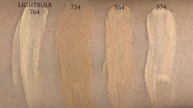 Blanc:Chroma Brightening UV Cushion Foundation swatches