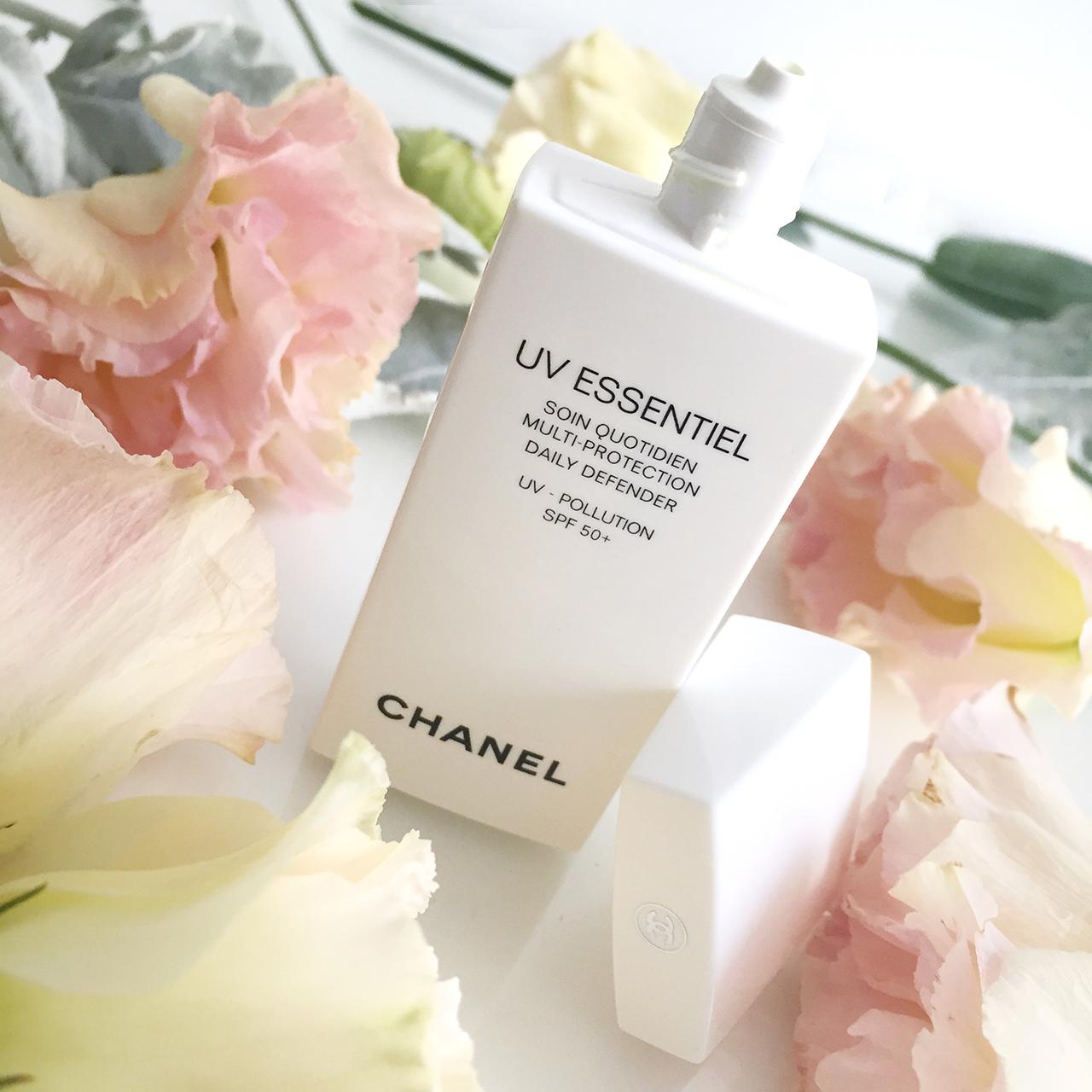 Chanel UV Essentiel SPF50+