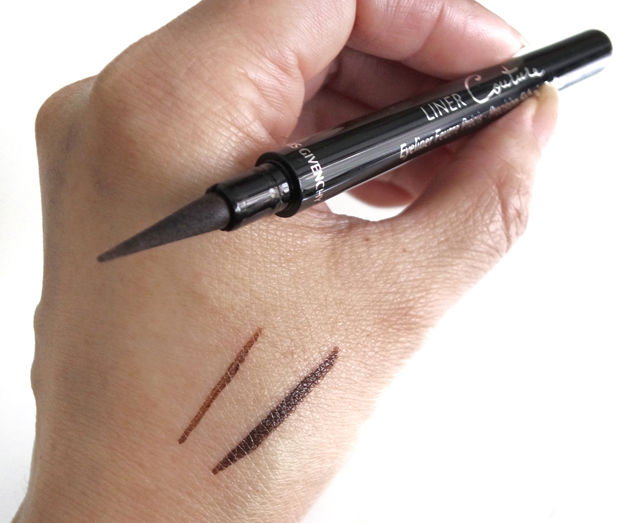 Givenchy Liner Couture No. 2 Brown swatch