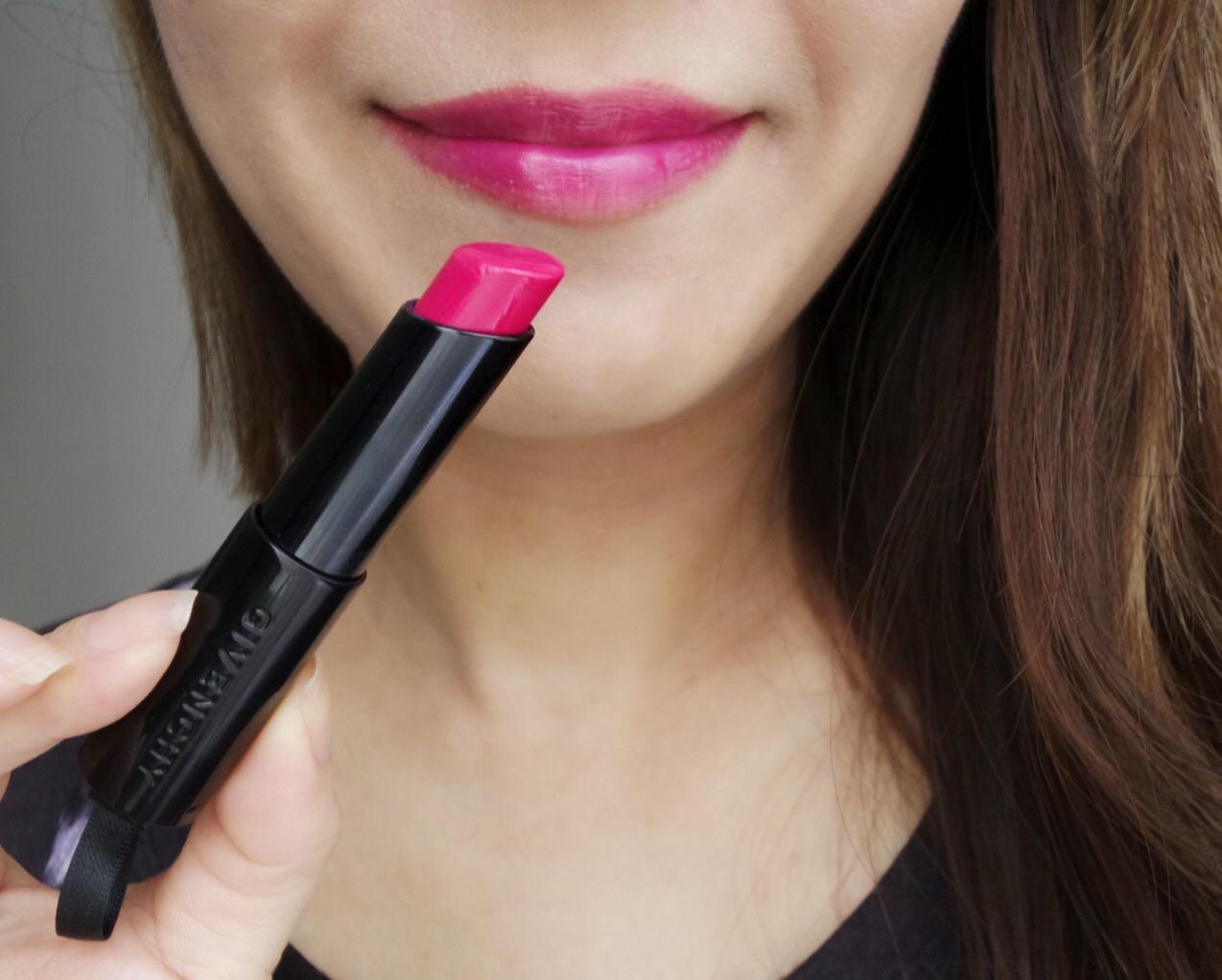 Givenchy Rouge Interdit Vinyl Fuchsia Illicite lip swatch