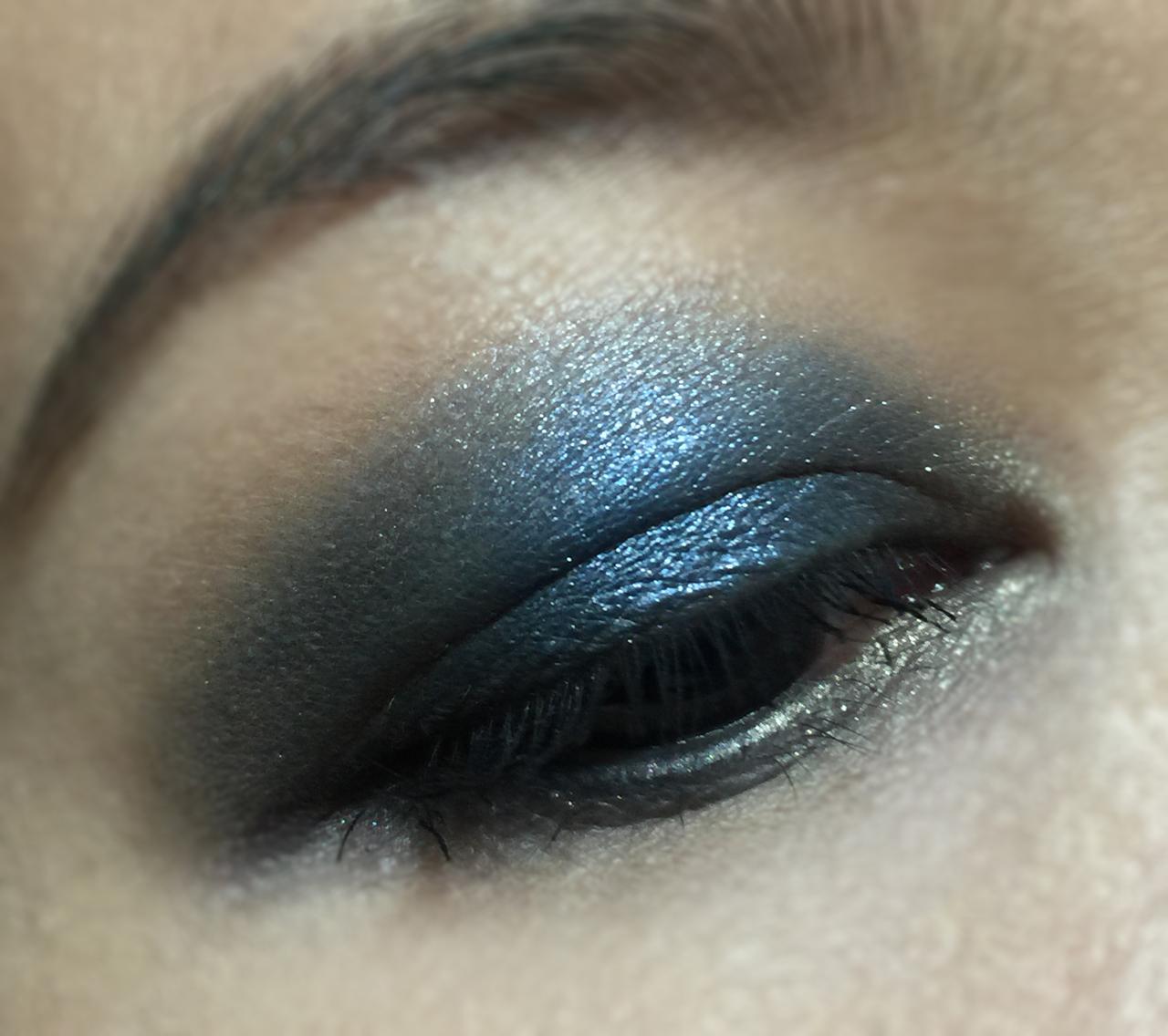 victoria-beckham-x-estee-lauder-eye-palette-eotd-2