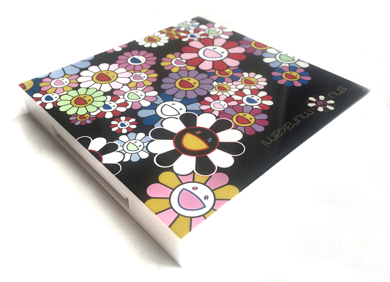 Cosmic Blossom Eye and Cheek Palette casing