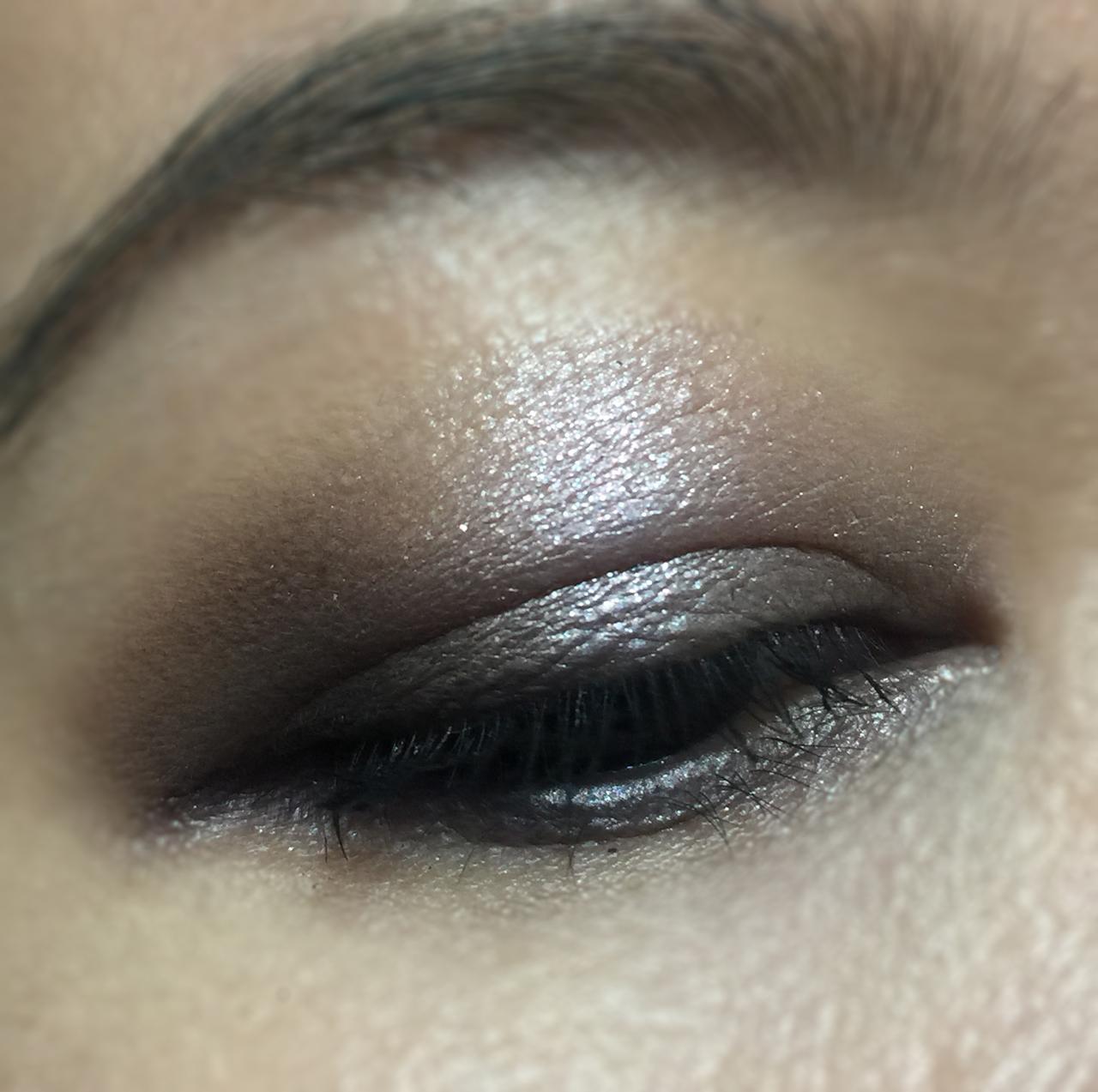 Tom Ford Winter Soleil Cool Palette eye makeup look