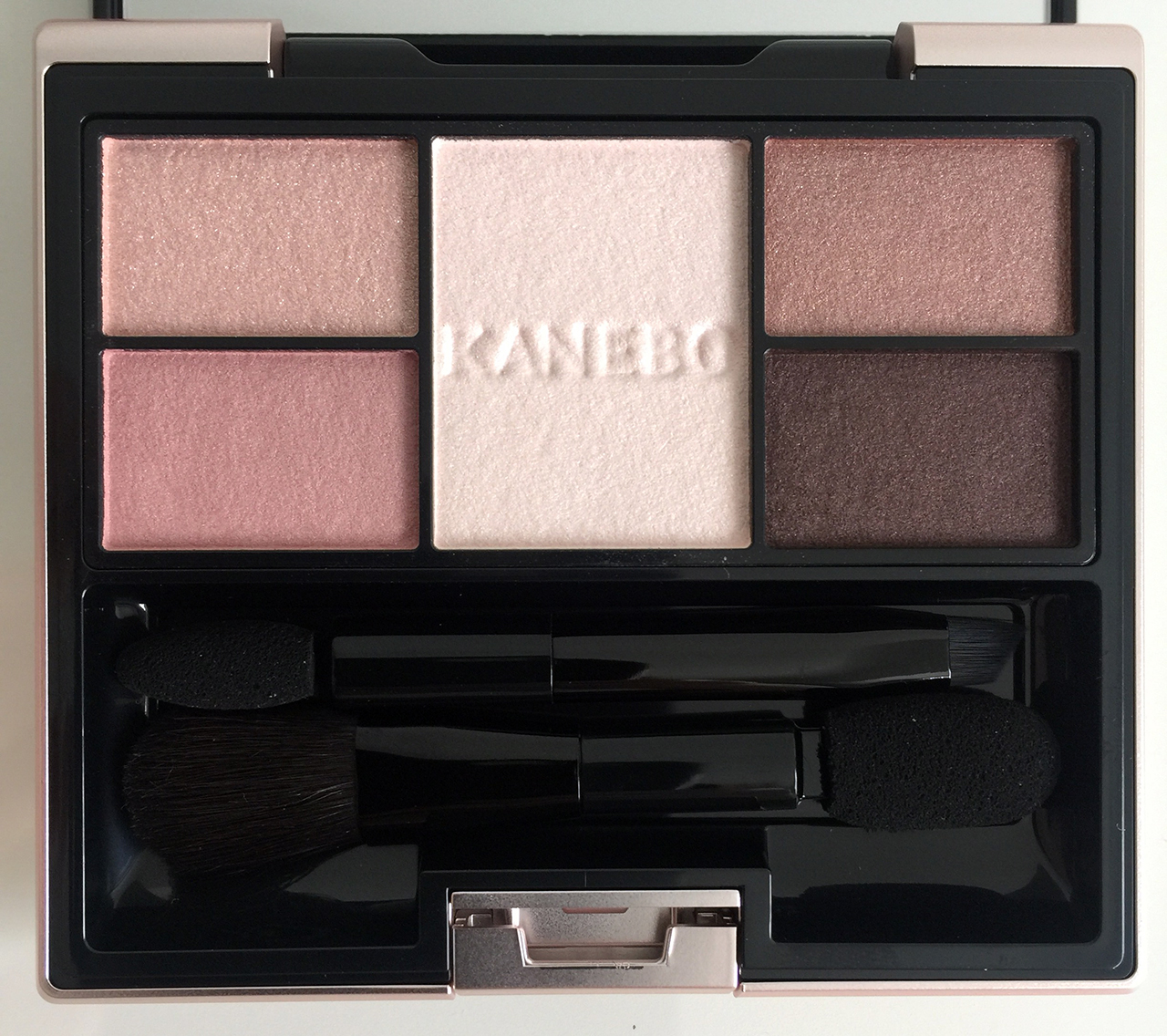 Kanebo Selection Colors Eyeshadow Gently Pink