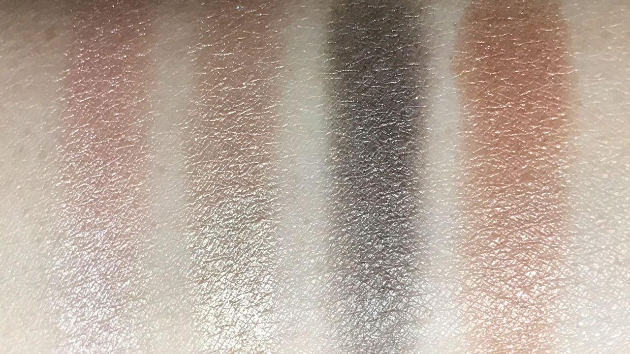 Chanel Les 4 Ombres Codes Subtil swatches