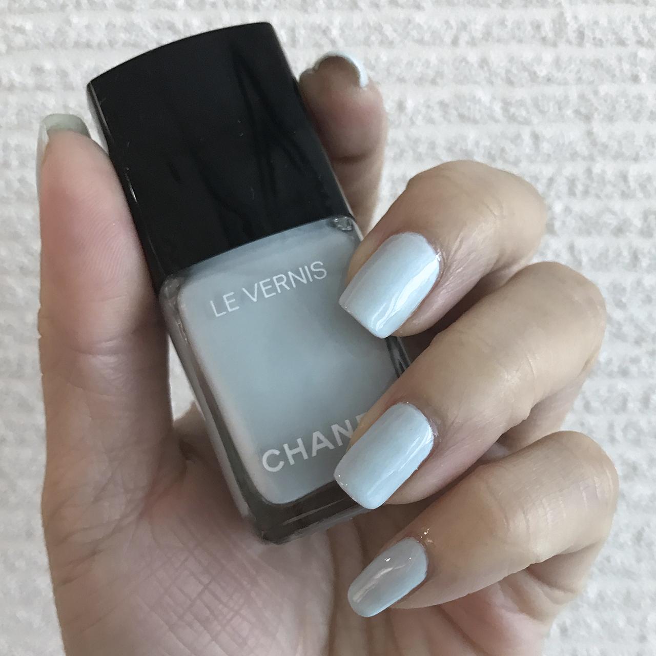 Chanel Le Vernis Bleu Pastel