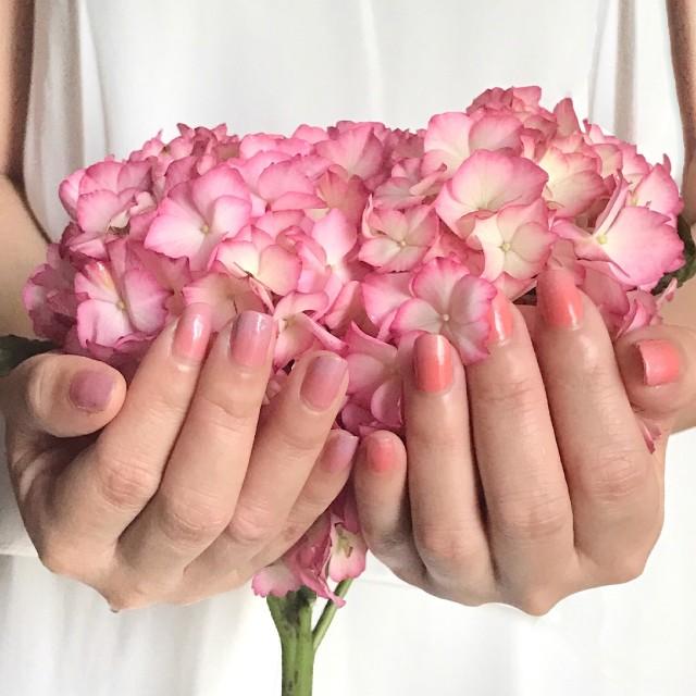 RMK Summer 2017 pink ombre nails