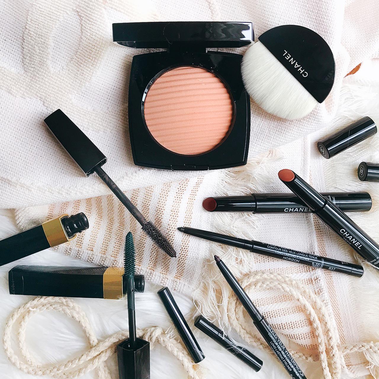 227c25868d Chanel Cruise 2017 Makeup Collection: Les Indispensables de Lete