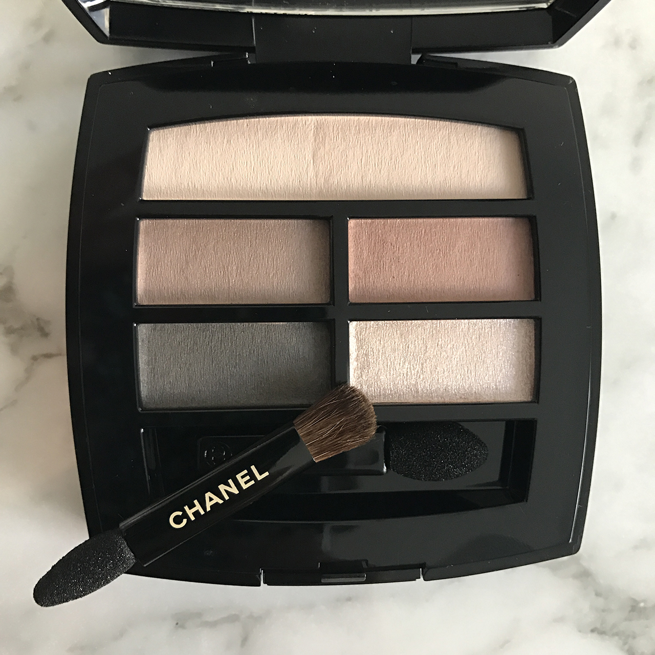 Chanel Les Beiges Healthy Glow Natural Eyeshadow Palette for Summer 2017