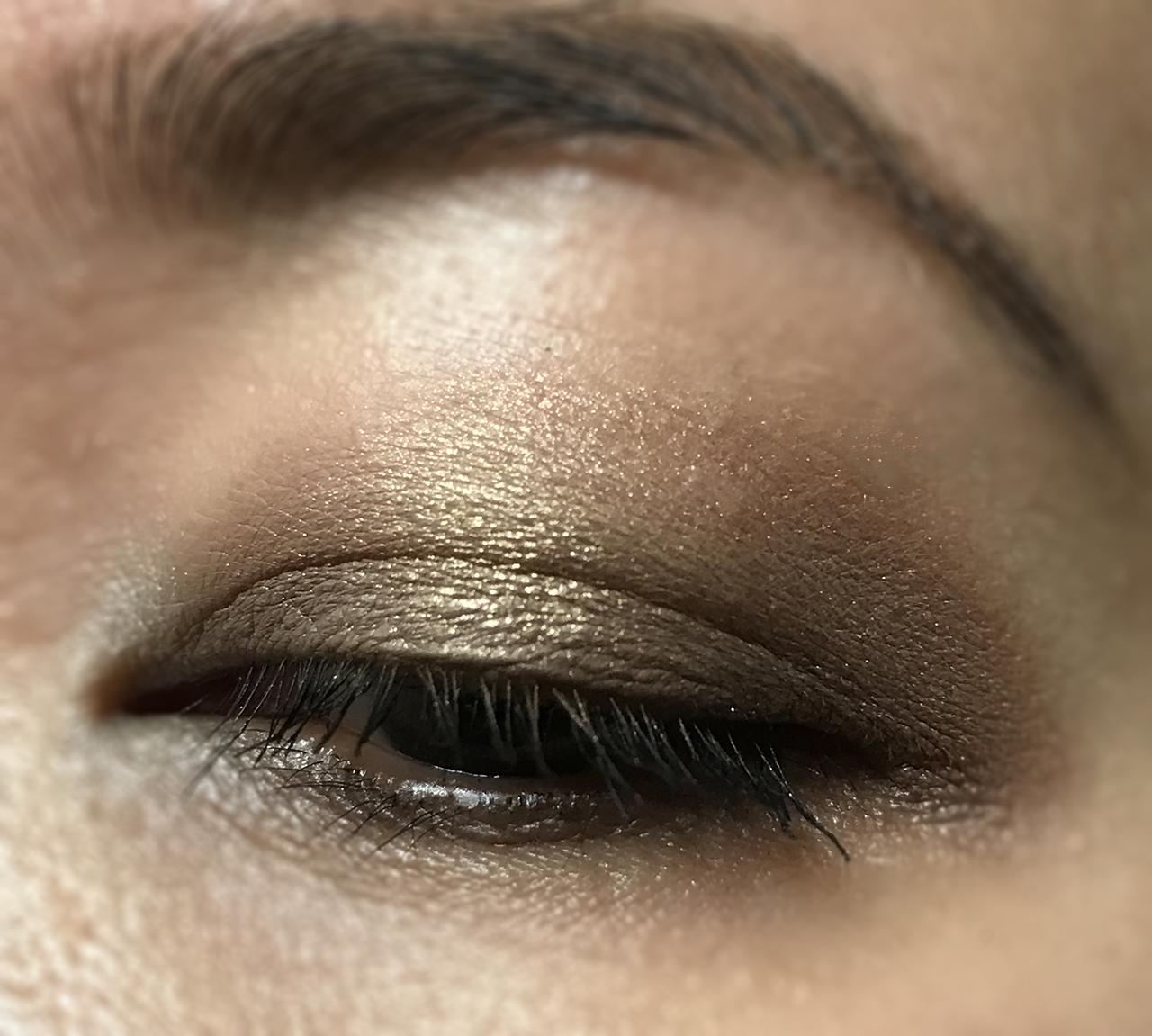 Zoeva The Basic Moment Eyeshadow Palette eye makeup look 2