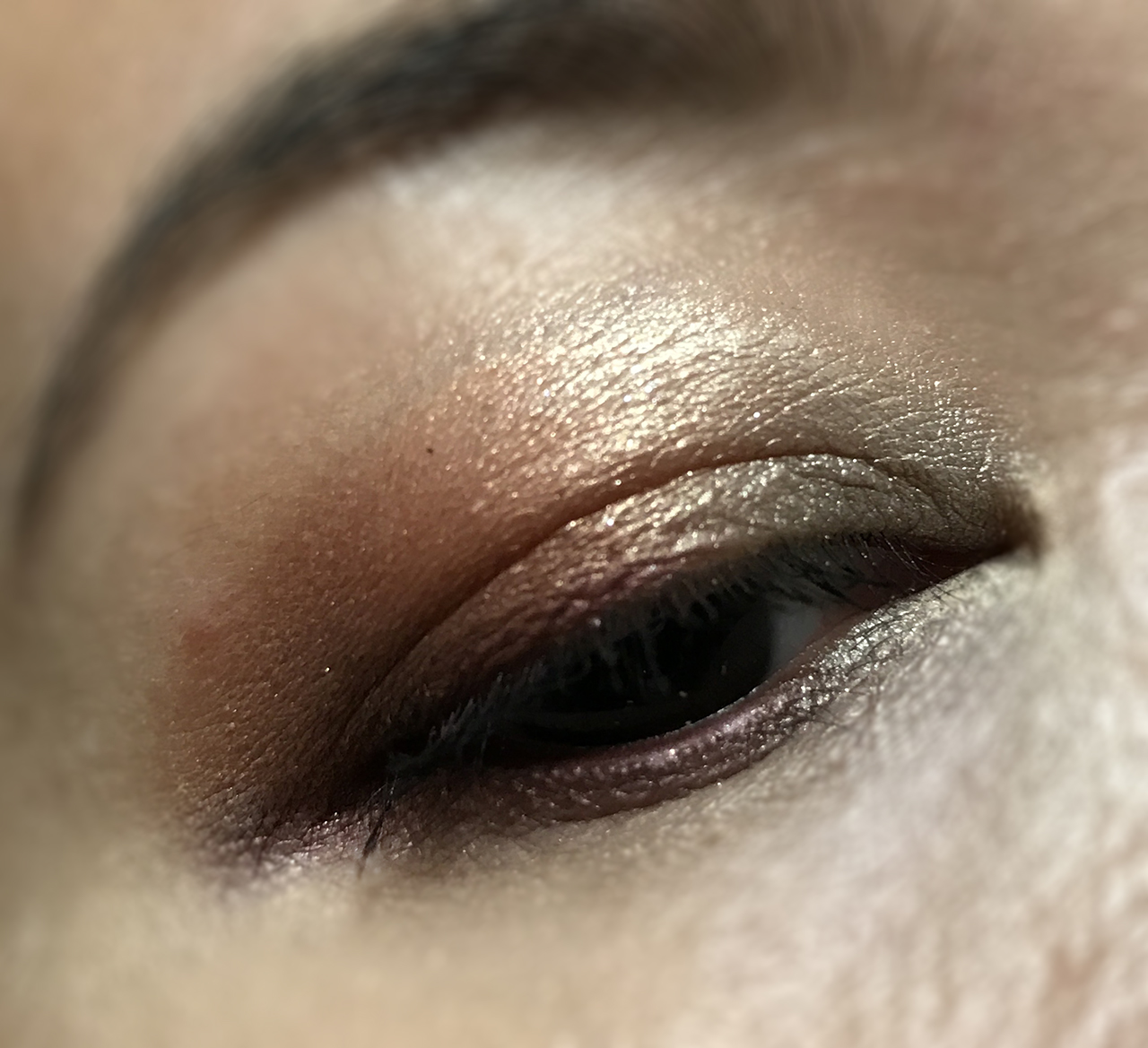 Shu Uemura Peach's Palette Adventurous Princess eye makeup look