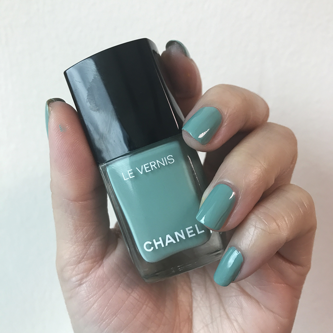 Chanel Le Vernis Verde Pastello from Neapolis Collection