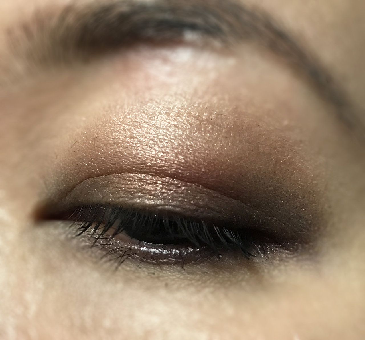 Chanel Creation Exclusive Eclat Enigmatique eye makeup look