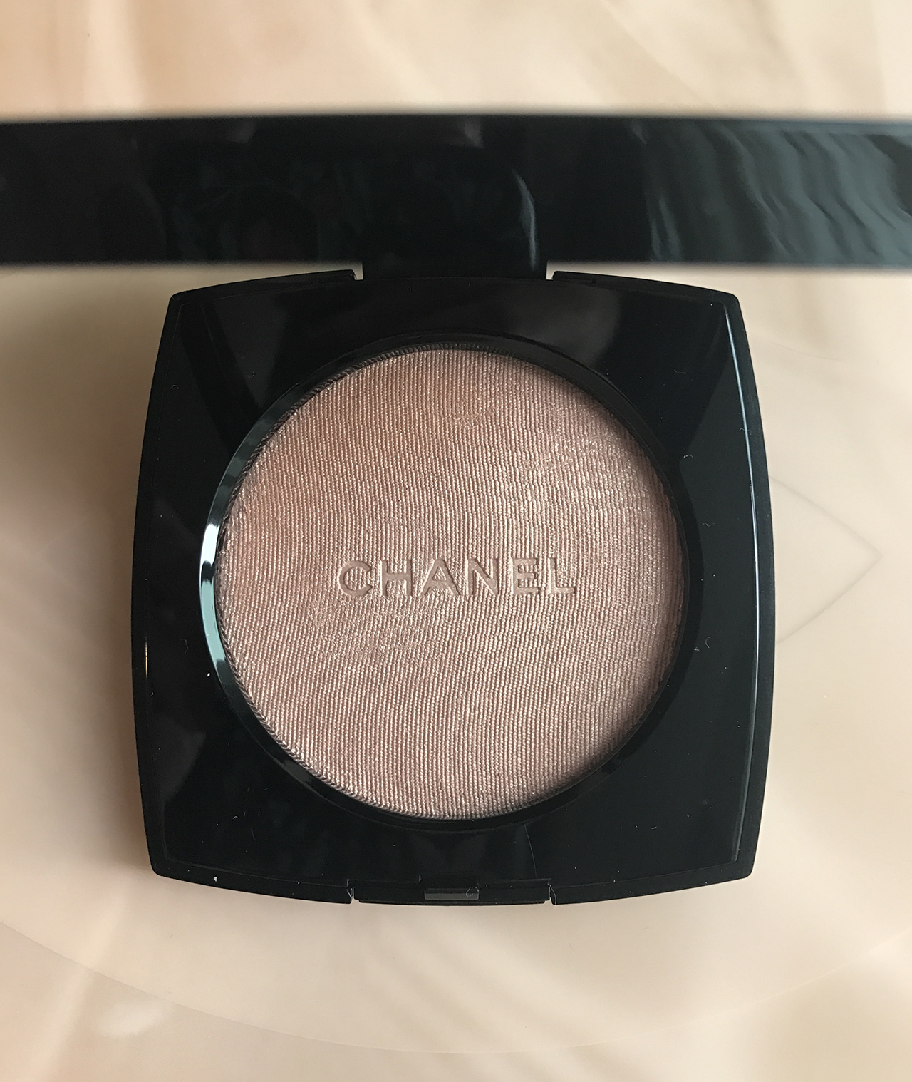 Chanel Poudre Lumiere 30 Rosy Gold