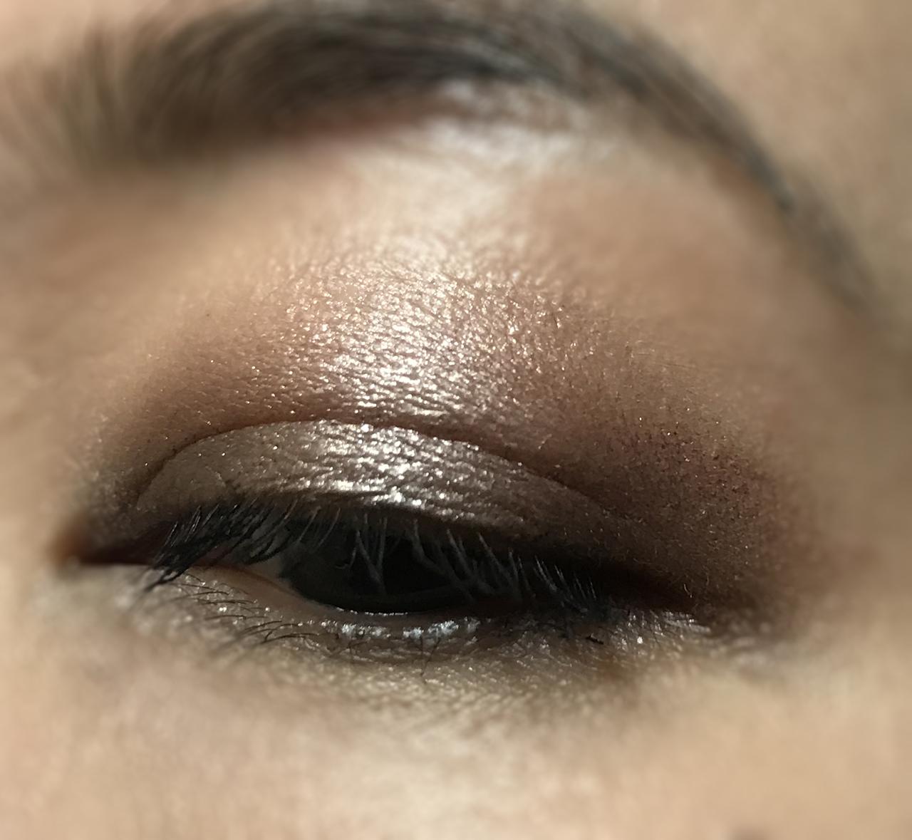 Cosme Decorte Spring 2018 eye makeup look