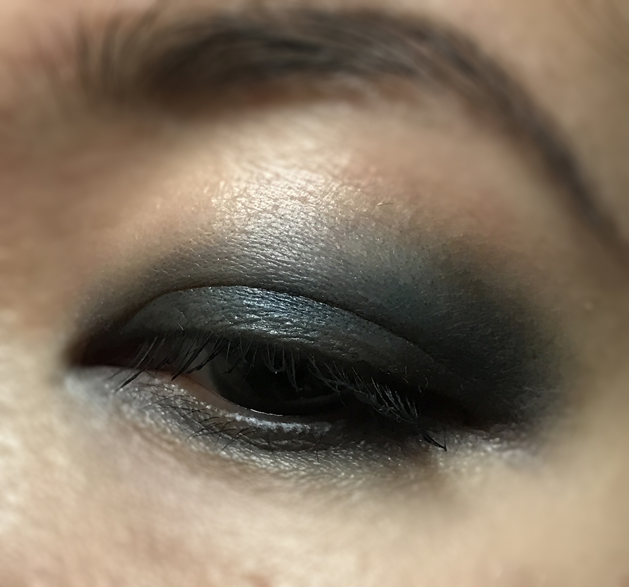Chanel Les 4 Ombres Quiet Revolution Eye Makeup Look